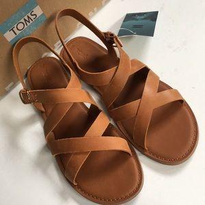 NIB Toms leather sandals